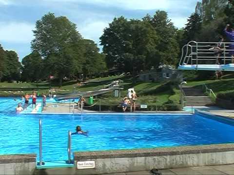 GÄUBOTE: Klamottenschwimmen 2011