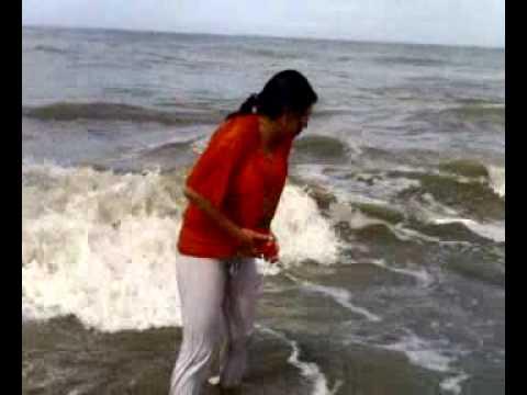 Paraguaya loca al agua