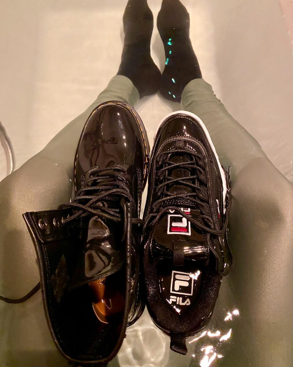 Meine Schuhe nach dem Baden